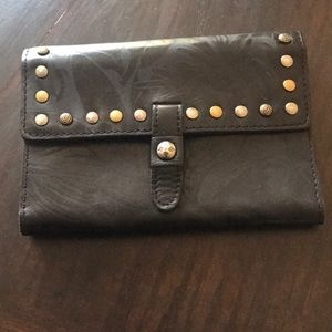 Patricia Nash Colli Leather Wallet